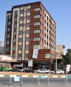 فروش آپارتمان اداری 450 متری در تهران منطقه 09 محله  شمشیری